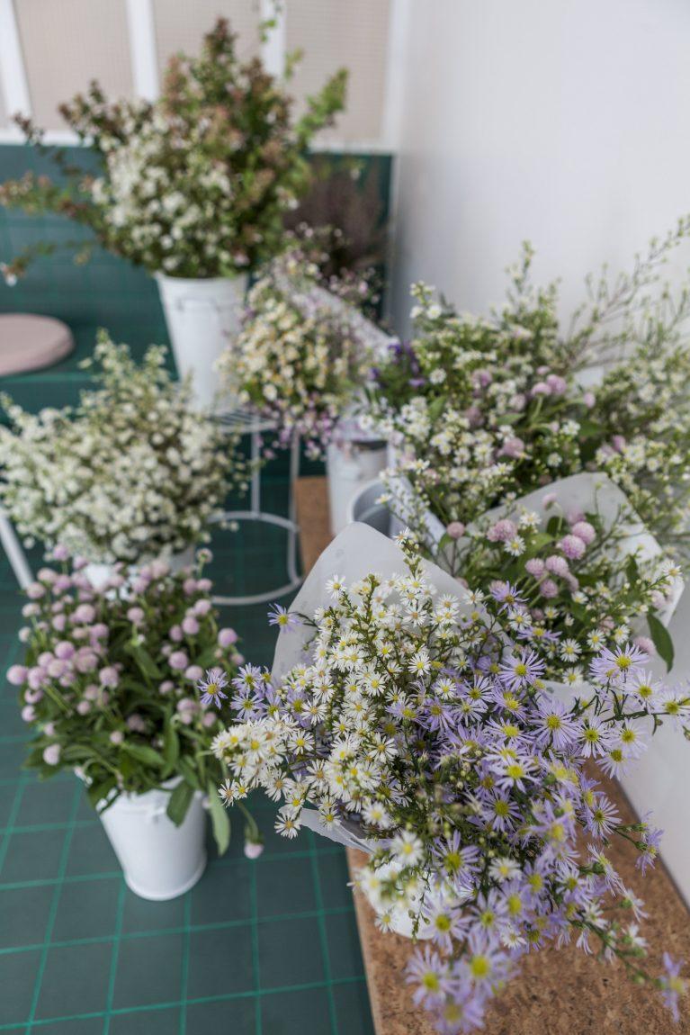 Fleurs du café Peonies dans le 10e