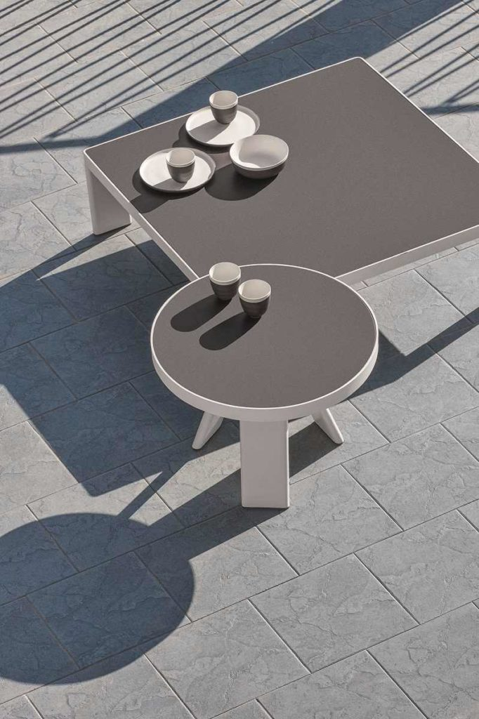 Esedra tavolinibassi laminam table