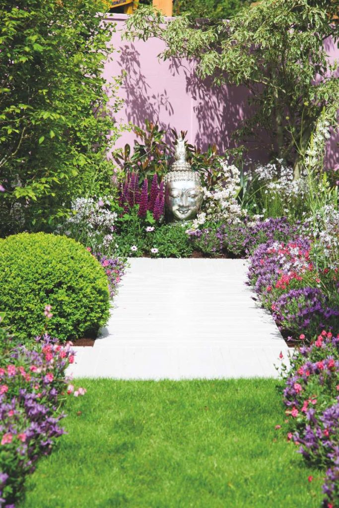 bouddha jardin coloré