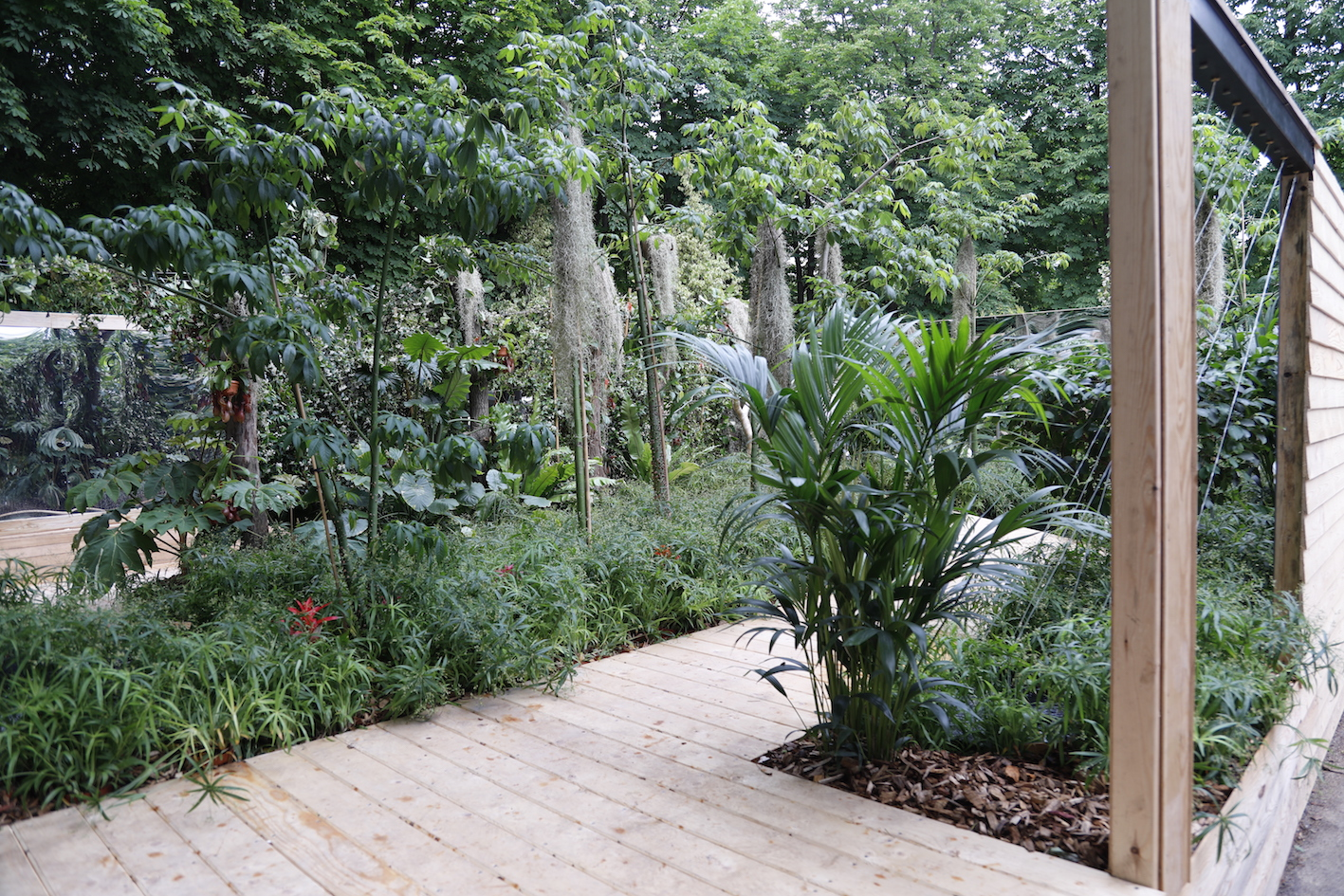 "Jardin ""Projection"", Réalisation : Bernard Bois, Marcel Villette et N2B Arrosage © Anthony Ondomat"