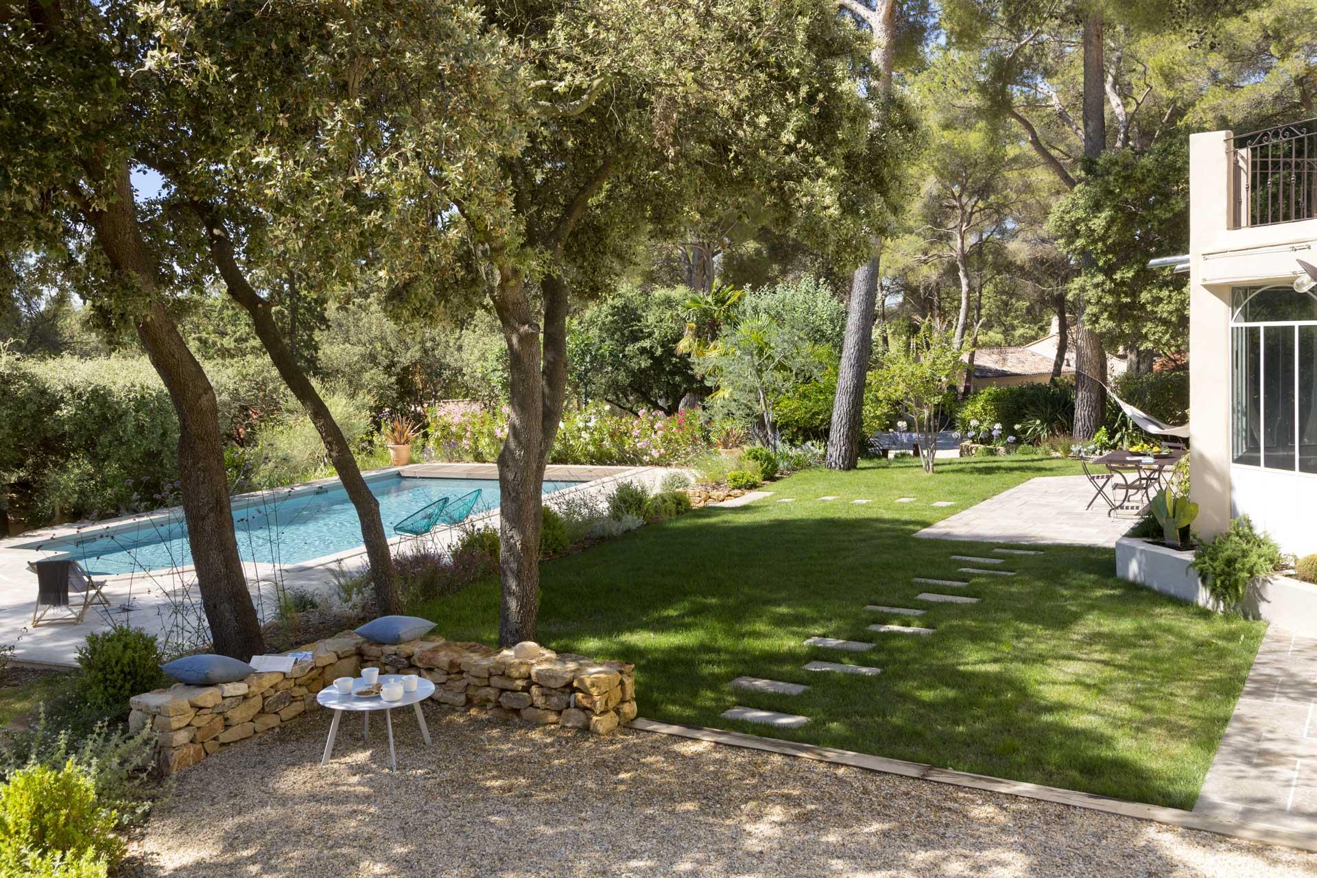jardin-provence-mediterraneen-saint-marc-jaumegarde Réalisation Morvan et Moingeon