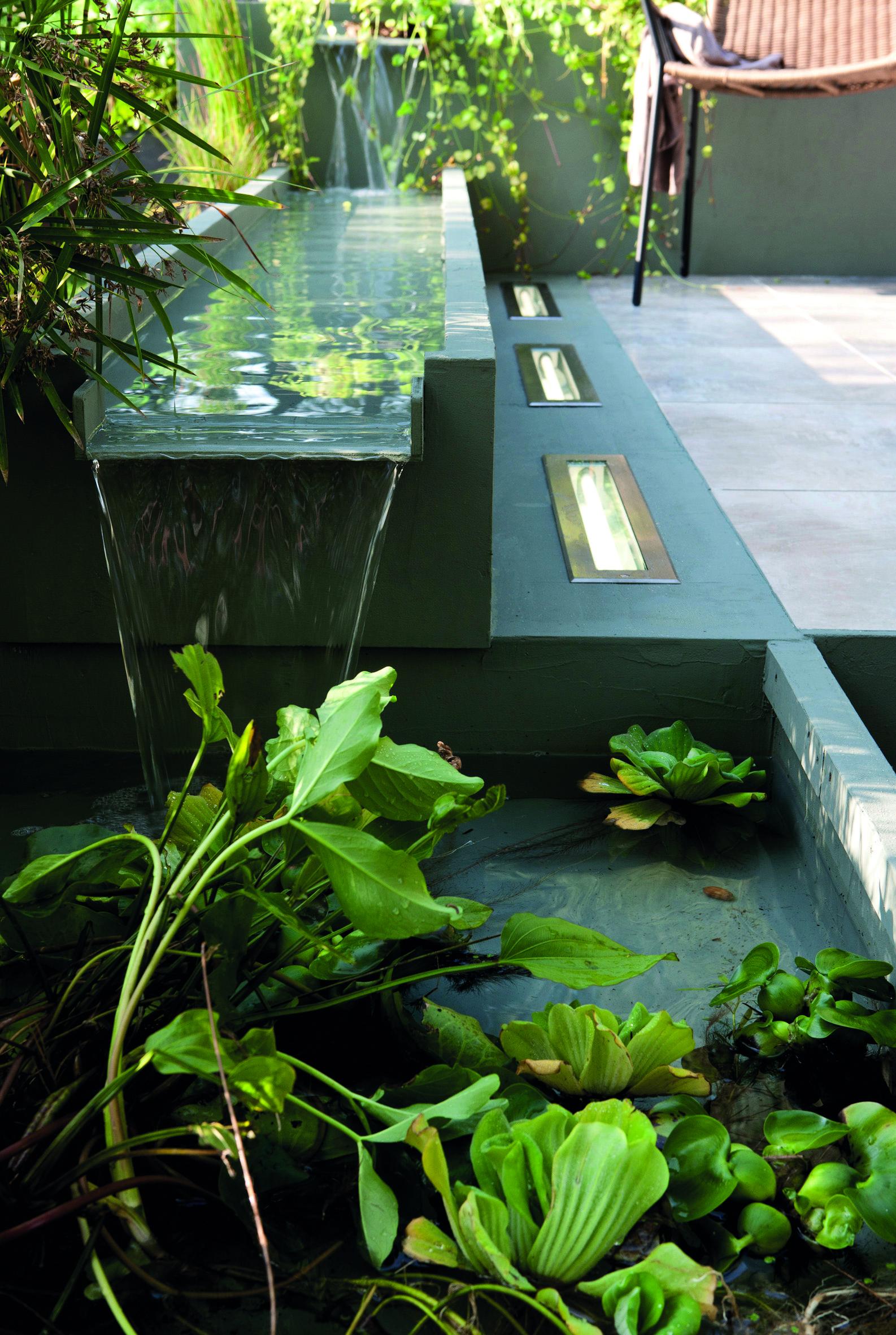 10 clairages pour un jardin tout en lumi re ext rieurs design. Black Bedroom Furniture Sets. Home Design Ideas