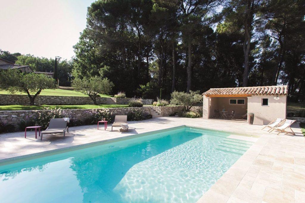piscine terrain en pente